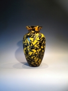 Artist : Deng Zhendong Afm.  : 29 cm hoog - diameter 17 cm 3 lagen glas