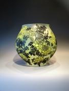 Artist : Deng Zhendong Afm.  : 27 cm hoog - diameter 27 cm. 3 lagen glas